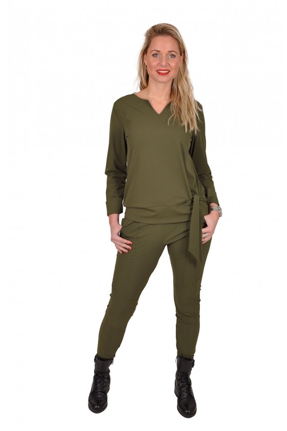 Travelstof strik blouse/top Bo van Daelin army