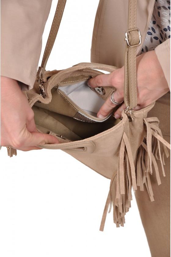 Suede boho look tas met franje en afneembare schouderband